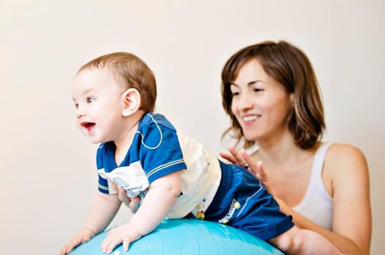 PSICOMOTRICITA' MAMMA-BABY  dai 3 ai 4 anni